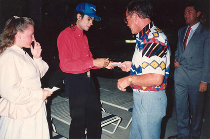 MJAutographing