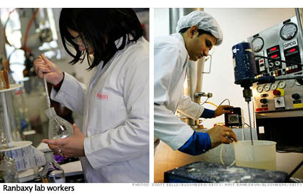 ranbaxy-research-lab-workers-425