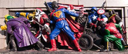 super-heros-soviet-army-monument-425